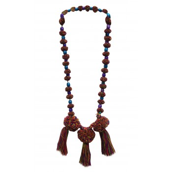 Multi-color thread neckpiece
