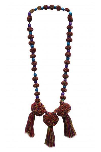 Multi-color thread neckpiece
